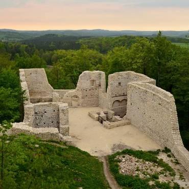 Zamek Pilcza i Rezerwat Smoleń
